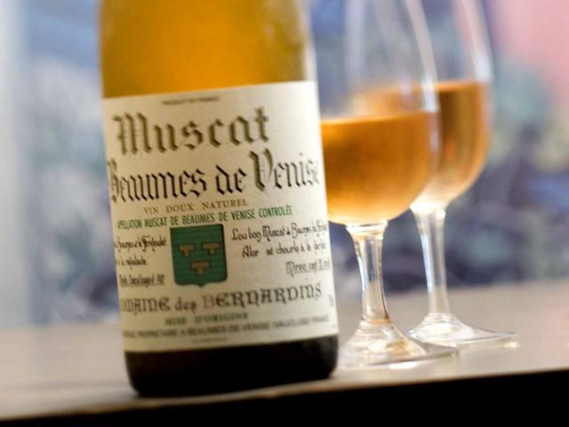 Tasting Domaine des Bernardins Muscat Beaumes de Venise White